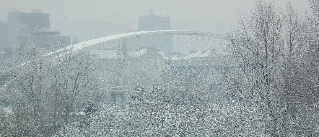 Stavba Trojského mostu přes Vltavu